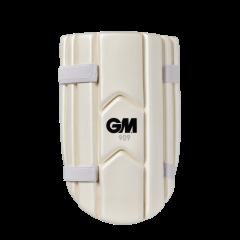 GM 909 THIGH PAD